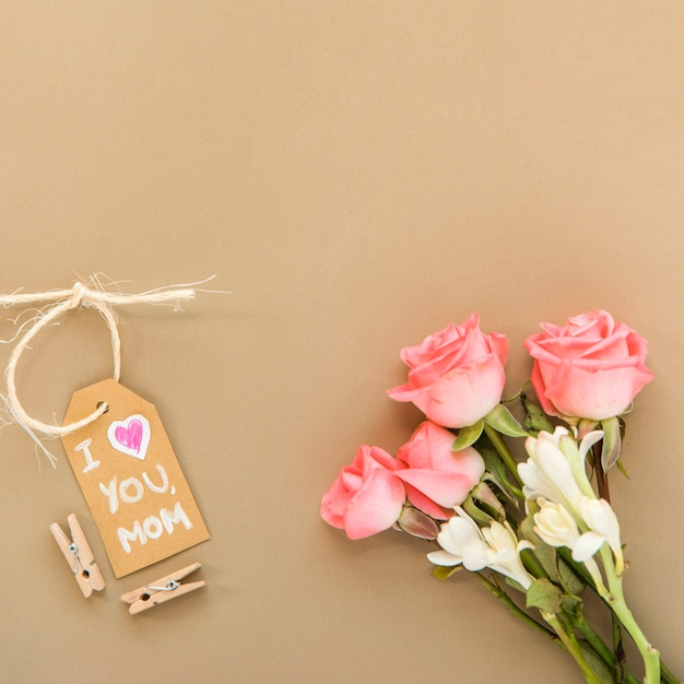 Tender arrangement for mother`s day Free Photo