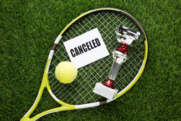 Tennis elements arrangement with canceled sign Free Photo