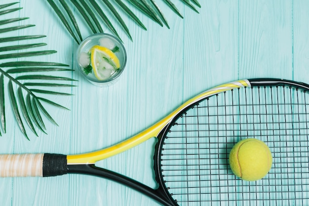 Tennis equipment for playing Free Photo
