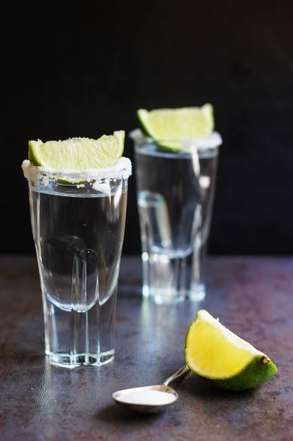 Tequila shot with lime Premium Photo