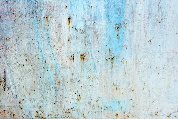 Текстура металлической стены с трещинами и царапинами Premium Фотографии