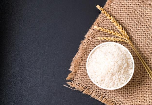 Thai jasmine rice Premium Photo