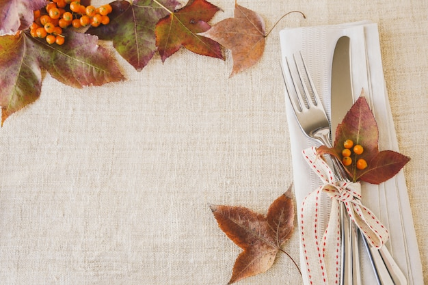 Thanksgiving autumn fall table setting copy space toning Premium Photo