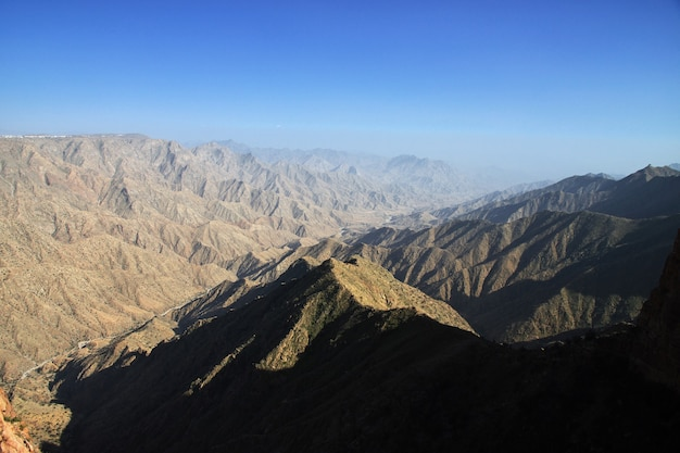 サウジアラビアの峡谷 Premium写真