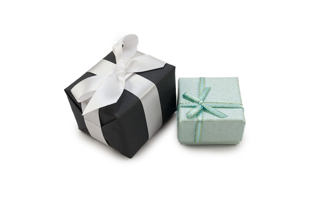 Isolate 흰색 배경을 가진 특별한 Evets를위한 Giftbox. 프리미엄 사진