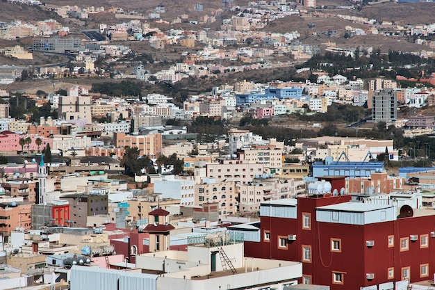 サウジアラビア、アブハ市のパノラマビュー Premium写真