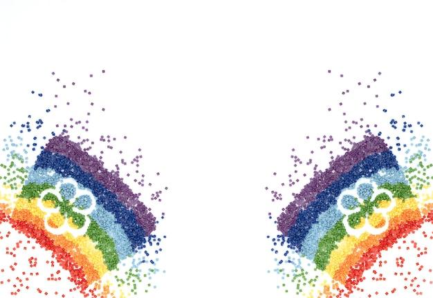ダイヤモンド刺繡のための花の形をしたカラフルなクリスタルの虹 Premium写真