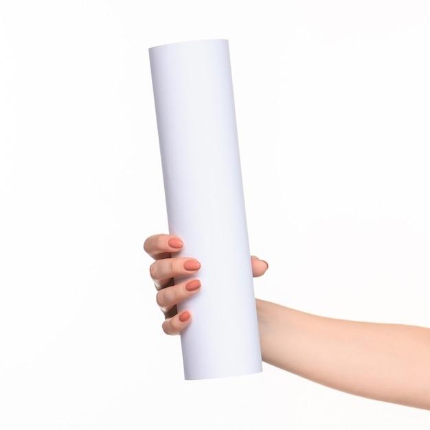 Белый цилиндр реквизита в женских руках на белом фоне с правой тенью Бесплатные Фотографии