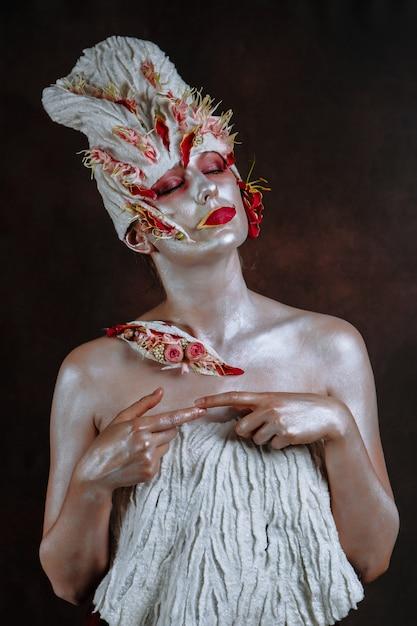 女性は北京キャベツを象徴するアートモデル Premium写真