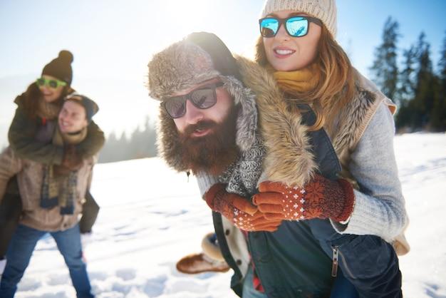 A loro non importa che fa freddo Foto Gratuite