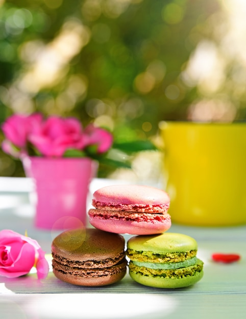 Three multicolored macaroons Premium Photo
