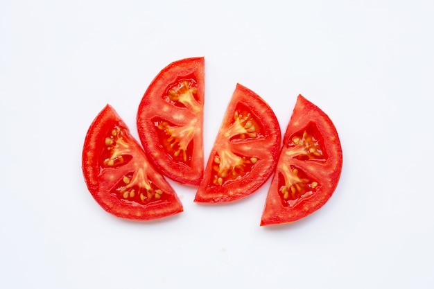 Tomato slice isolated on white Premium Photo