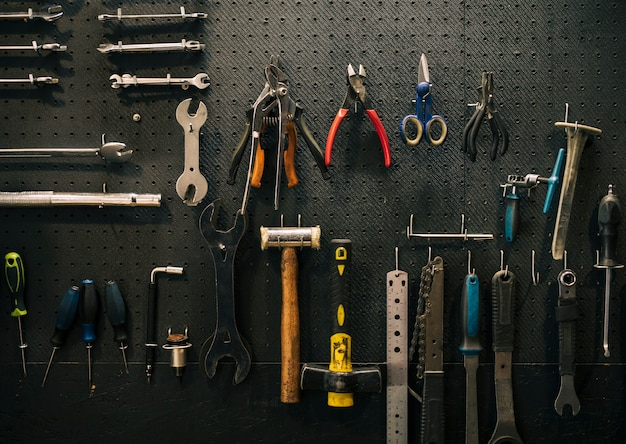 Tools of a repairing shop Free Photo