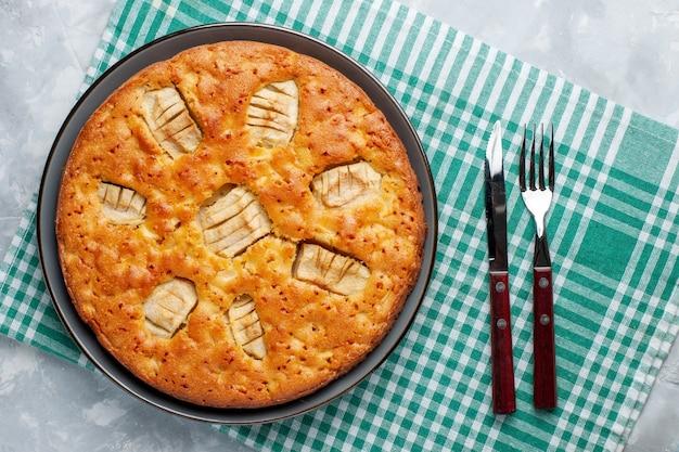 Torta di mele vista dall'alto all'interno della padella sullo sfondo chiaro torta di zucchero torta biscotto dolce cuocere Foto Gratuite