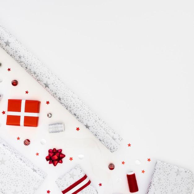 Композиция из праздничных подарков в упаковке, вид сверху Бесплатные Фотографии