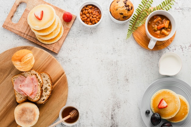 Top view assortment of breakfast items Free Photo