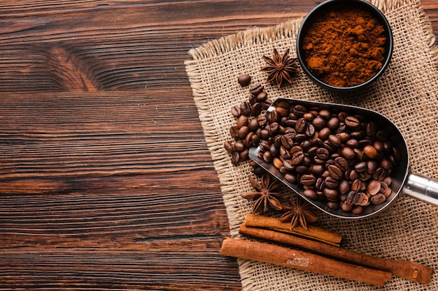 Top view assortment of coffee beans Free Photo