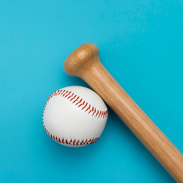 Top view of baseball with bat Free Photo