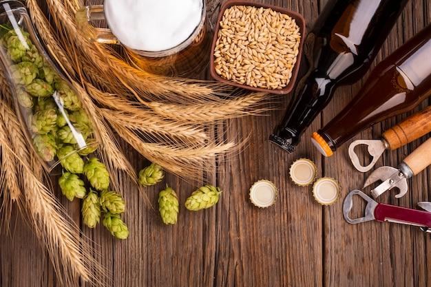 Top view beer with fresh ingredients Free Photo