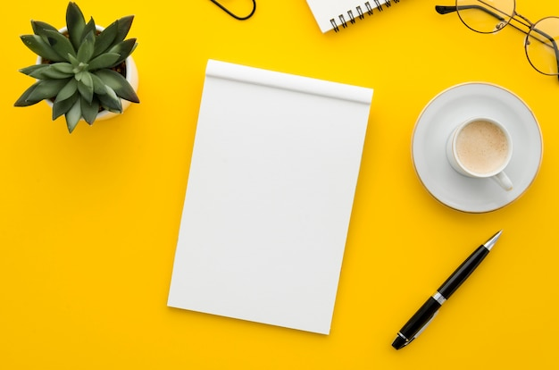 Top view blank notebook Free Photo