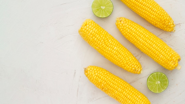 Top view boiled corn with copy space Free Photo