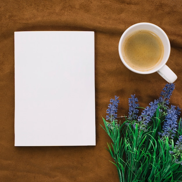 Top view book mockup with coffee Free Photo