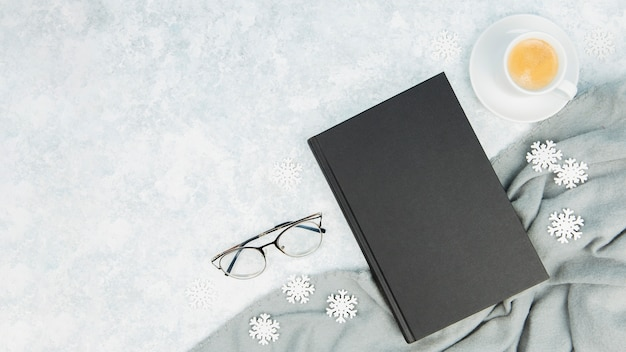Top view of books and glasses with copy space Free Photo