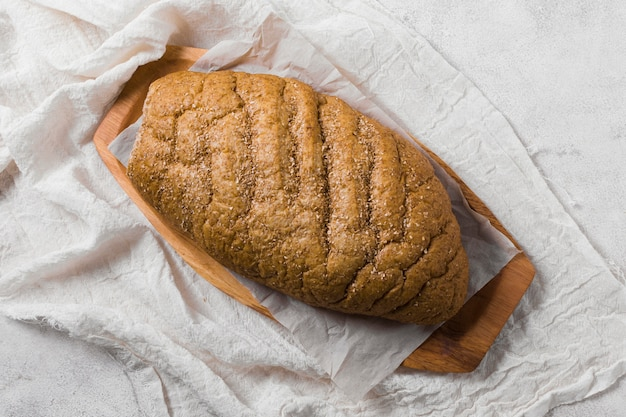 Top view bread on white cloth Free Photo