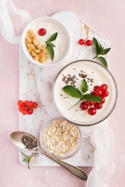 Vista dall'alto colazione bio cibo lifestyle concept Foto Gratuite