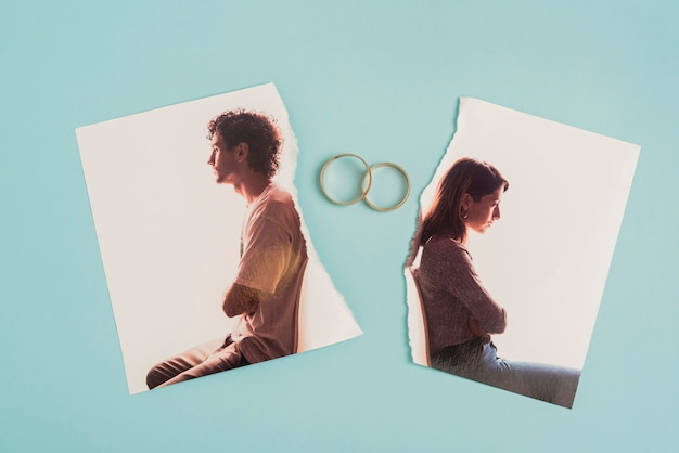 Top view broken photo with wedding rings Premium Photo