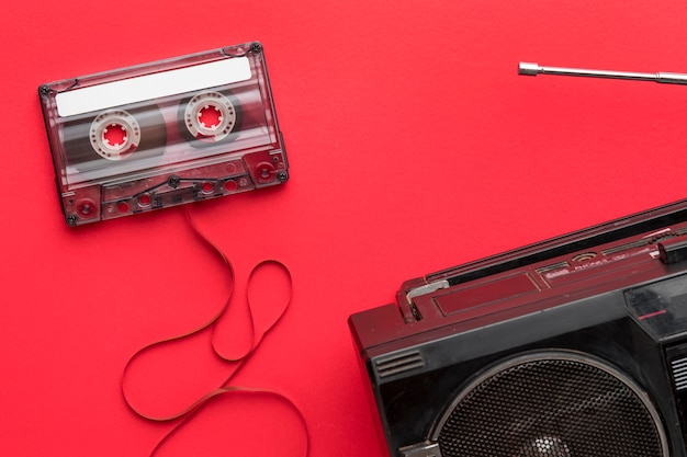 Кассета и радио, вид сверху Бесплатные Фотографии