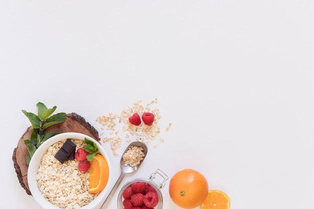Top view cereal and fruit Free Photo