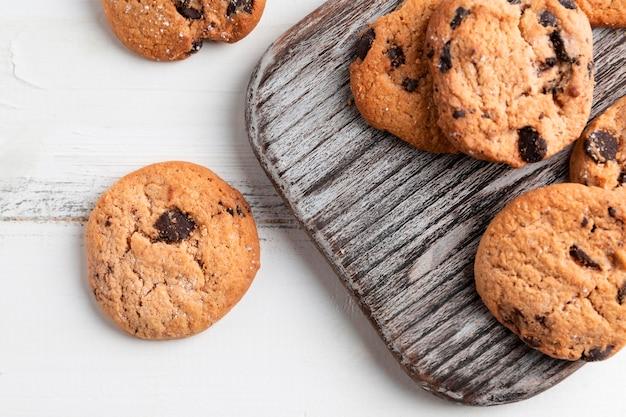 トップビューチョコレートクッキー Premium写真