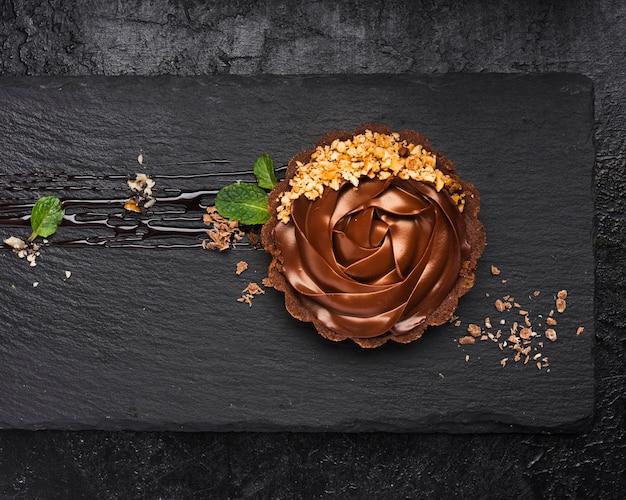 スレートの上面チョコレートタルト 無料写真