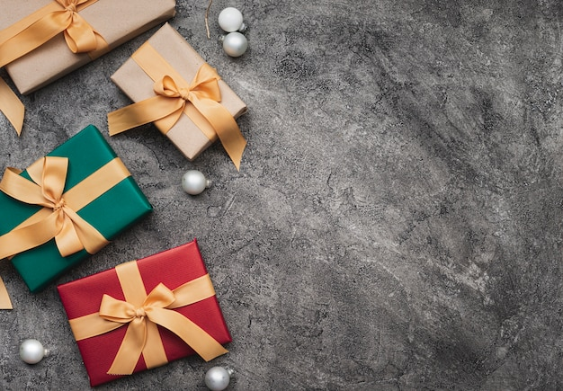 Top view of christmas gifts with copy space Free Photo