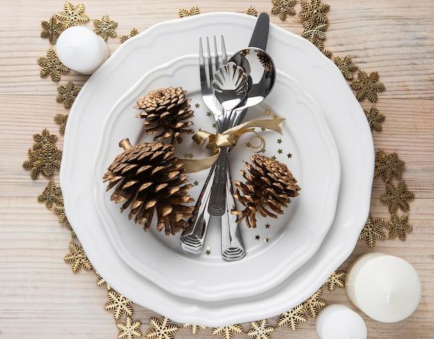 Рождественская посуда на тарелке Бесплатные Фотографии