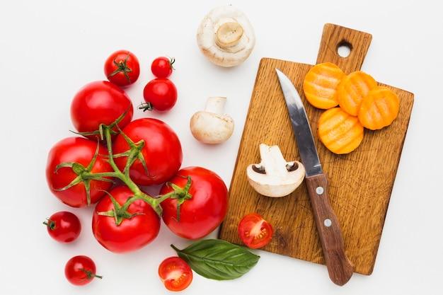 Вид сверху красочная композиция из овощей Бесплатные Фотографии
