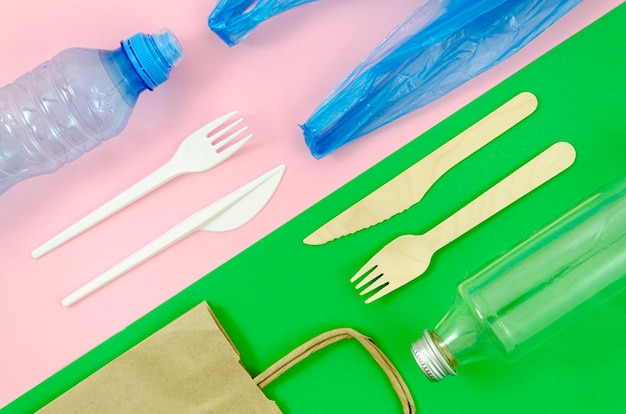Top view colorful disposable tableware Free Photo