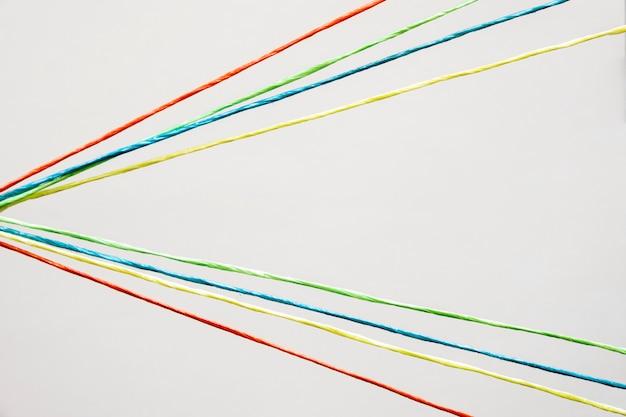 Вид сверху красочной швейной нитки Бесплатные Фотографии