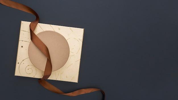 Креативная упаковка подарков сверху с копией пространства Бесплатные Фотографии