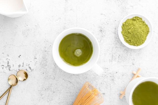 Чашка сверху с вкусным чаем маття Бесплатные Фотографии