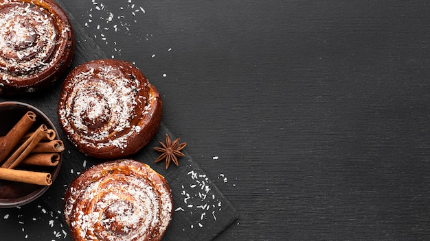 Top view of delicious cinnamon rolls with copy space Premium Photo