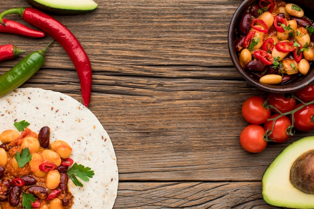 提供する準備ができておいしいメキシコ料理のトップビュー 無料写真