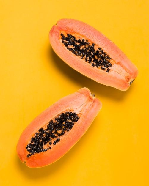 Вид сверху вкусные папайи готовы быть поданы Бесплатные Фотографии