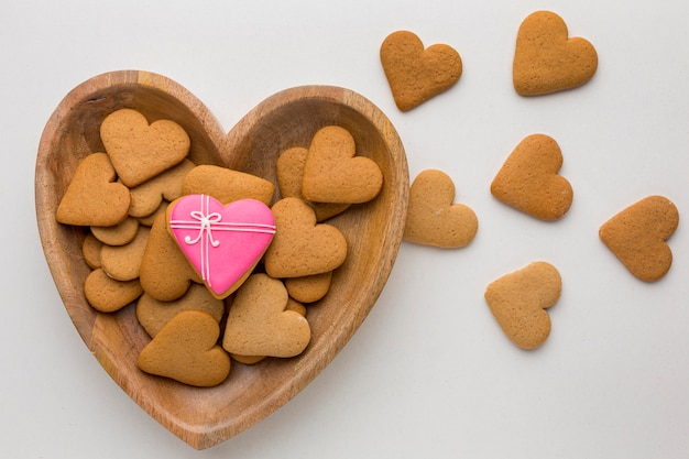 Top view of delicious valentine's day cookies Free Photo