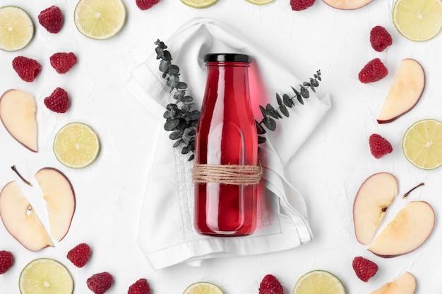 Bevanda alla frutta detox vista dall'alto Foto Gratuite