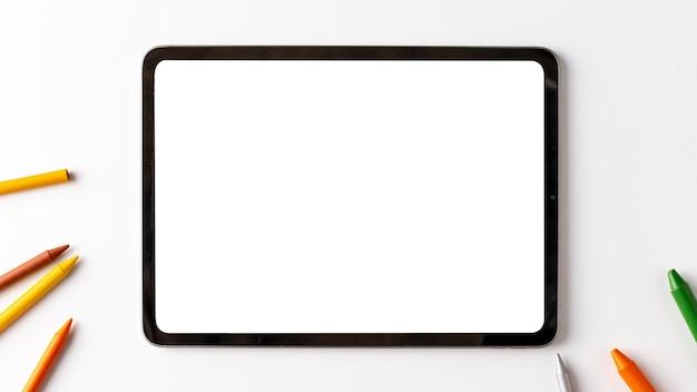 Концепция устройства вид сверху с копией пространства Бесплатные Фотографии