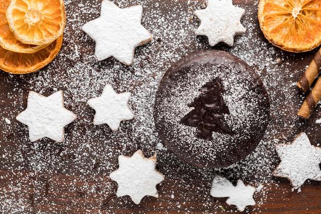 Вид сверху ассортимент праздничных рождественских вкусностей Premium Фотографии