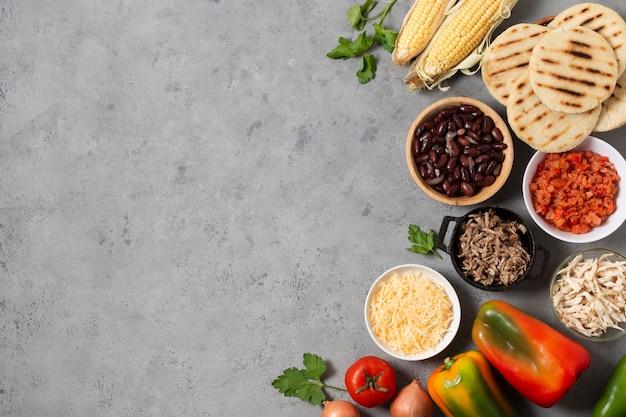 Рамка для еды, вид сверху с копией пространства Бесплатные Фотографии