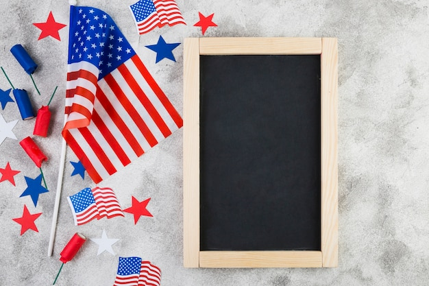 Top view of frame and usa attributes Free Photo